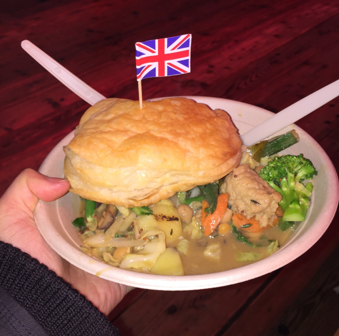 Where to eat vegan food in London | vegetable pie with faux chicken